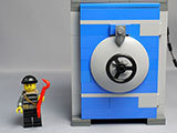 LEGO-40110-Coin-Bankを作った-完成品表示用1.jpg