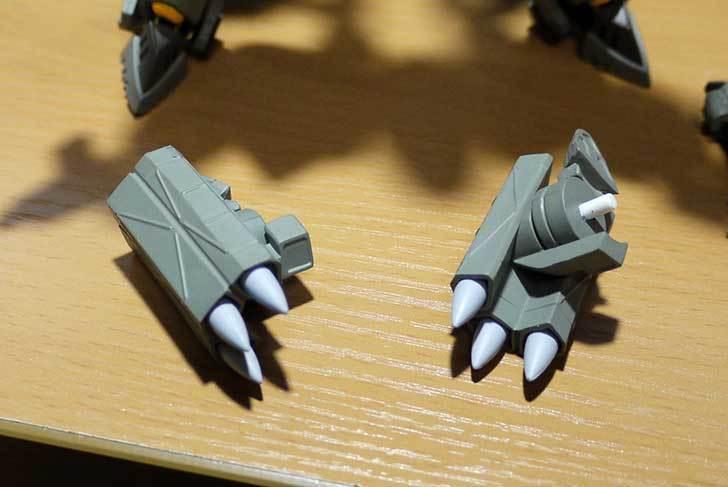 A3-F-14D-トムキャット-ジョリーロジャース指揮官機を箱から出した10.jpg