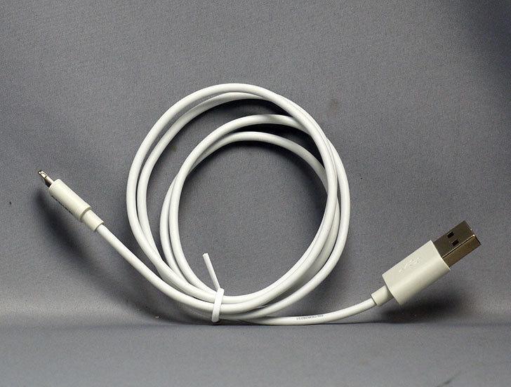 Anker-プレミアムライトニングUSBケーブル-Apple認証-コンパクト端子-ホワイト0.9m-A7101021を買った1.jpg