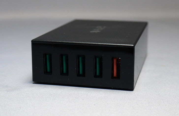 Aukey-PA-T15-USB-ACアダプター-55.5W-5ポートを買った5.jpg