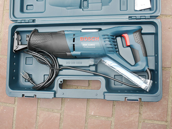 Bosch Professional(ボッシュ) セーバーソー GSA1100Eを買った-006.jpg