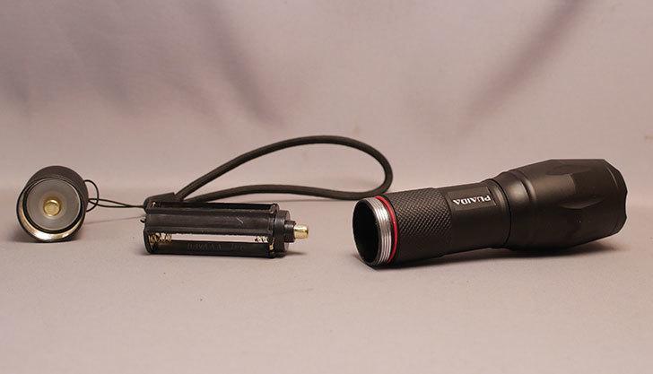 CyberMonday-セールでPUAIDA-LED懐中電灯-1200ルーメン-小型-2個セットを買った7.jpg