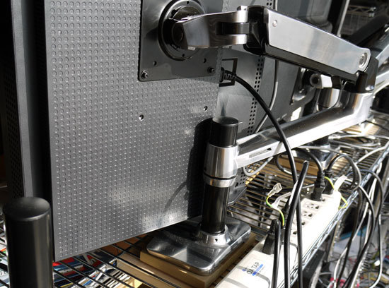 エルゴトロン LX 4台設置 14.jpg