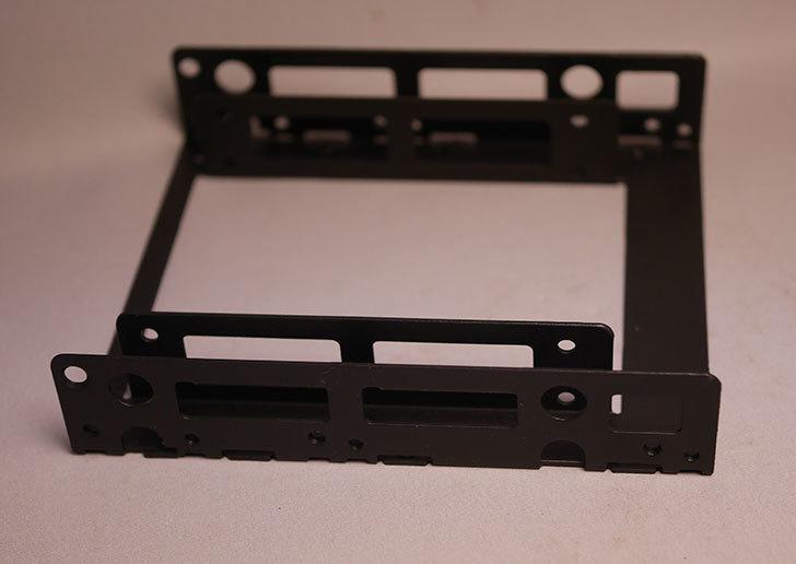 オウルテック-2.5インチ→3.5インチサイズ変換ブラケット-ブラック-OWL-BRKT06(B)を買った4.jpg