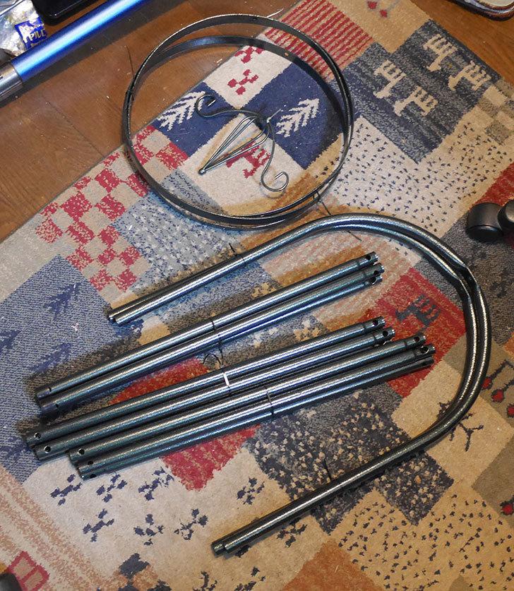 オベリスク-トール-鉄製-アイアン-直径40cm-高さ215cm-パイプ径19mm-簡易組立式-(1個)-を買った3.jpg