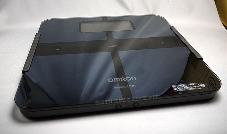 オムロン-体重体組成計-カラダスキャン-HBF-253W-BKを買った4.jpg