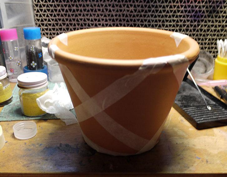 グリーンポット-バッサム-17cmDE-50170に色を塗ってみた7.jpg