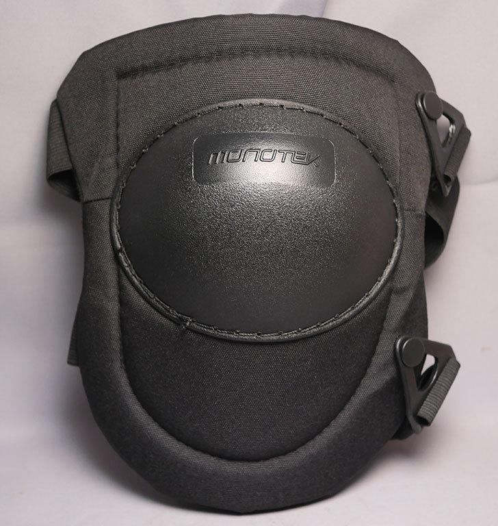 ケイワーク-PW45-フック式ヒザパッドを買った4.jpg