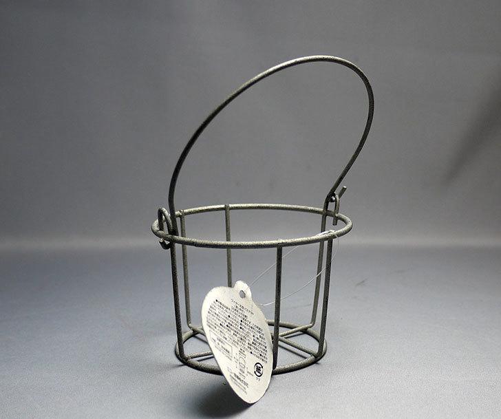 セリアで取っ手付-Round-Wire-basketを買って来た2.jpg