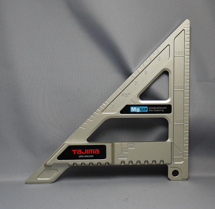 タジマ-丸鋸ガイド-モバイル-90-45-MRG-M9045Mを買った1.jpg