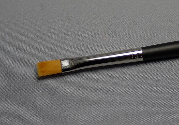 タミヤ-モデリングブラシ-HF-平筆-No.2-87047を買った3.jpg