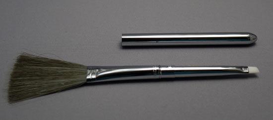 タミヤ モデルクリーニングブラシ 静電気防止タイプ 74078 4.jpg