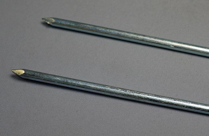 ダイソーでスチール製-丸軸-杭-フックタイプ-約19cm-4本入りを5個買って来た6.jpg