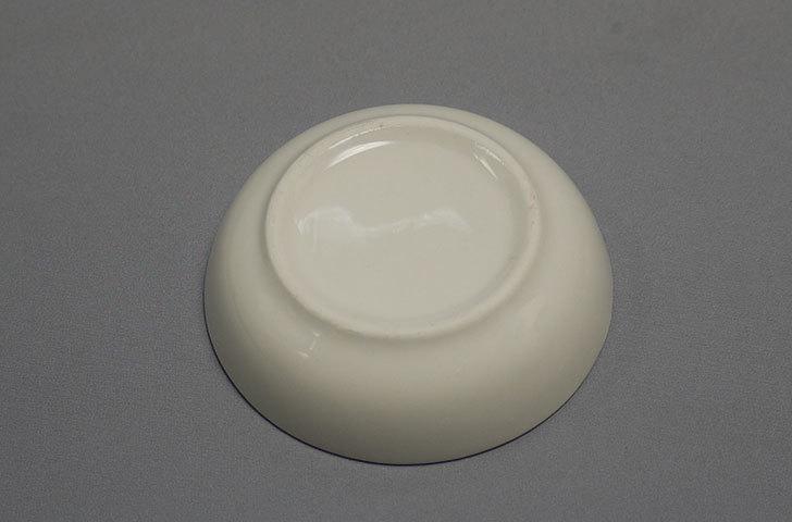 ダイソーでニューボーン丸皿-約6.5cmを5枚買って来た4.jpg