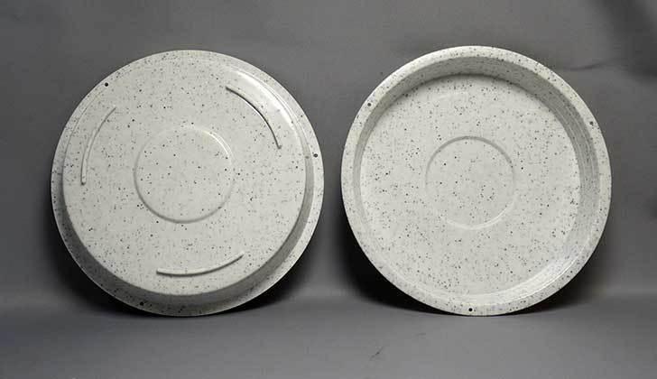 ダイソーで植木鉢皿-Pot-Dish-2枚入り6号を買って来た3.jpg