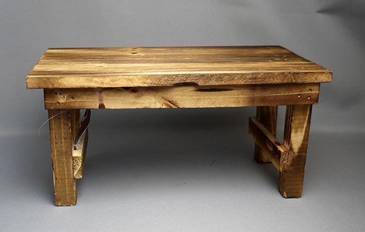 ダイソーで焼杉テーブル型花台を買って来た1.jpg