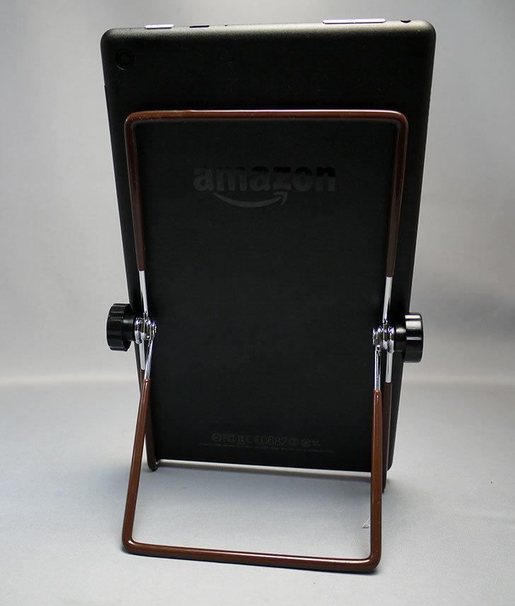 ダイソーでFire-HD-8-タブレット用にタブレットPC用スタンドを買って来た14.jpg