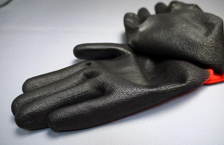 ダイソーでGRIP!-ピッタリフィット-ウレタンコート手袋-Lを買って来た4.jpg