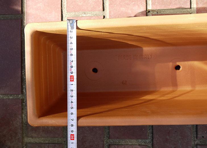 デローマ-ローマンウィンドウボックス(DEROMA-CASS.ROMA-Art.10420SE)42cmをケイヨーデイツーで買って来た6.jpg