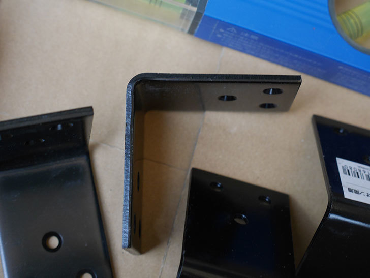 ハイロジック 巾広金折 F-808 60mm 黒を4個買った。2020年-003.jpg