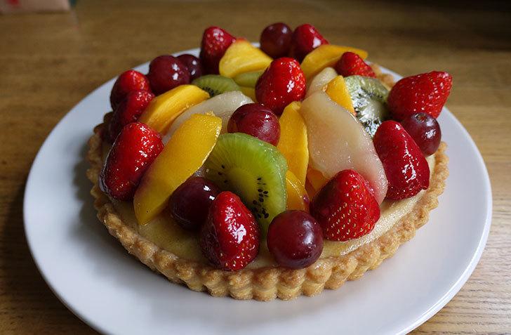 フルーツケーキをもらった1.jpg