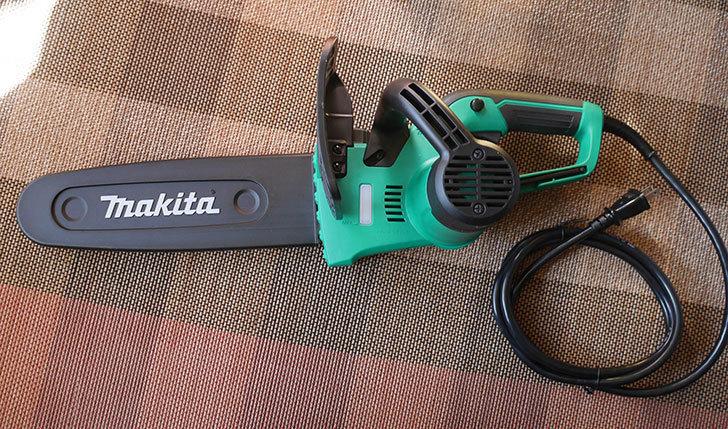 マキタ(Makita)-電気チェンソー-ガイドバー250mm-緑-AC100V-コード2m-M502を買った1.jpg