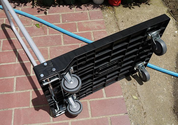 モバイルキャリー-MC-100-ブラック-BKをカインズで買ってきた3.jpg