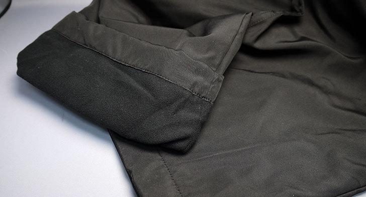 ユニクロでウォームイージーカーゴパンツ黒を買って来た4.jpg