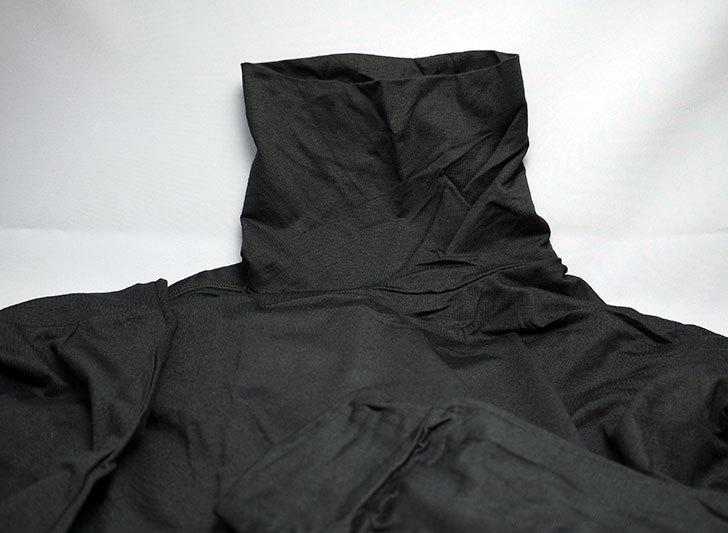 ユニクロでヒートテックタートルネックT(長袖)黒を2枚買った2.jpg