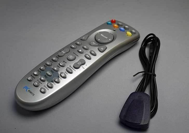 ルートアール-PC用リモコン-USB赤外線受光部セット-RW-PC37SVを買った8.jpg