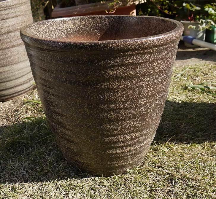 信楽焼き窯肌植木鉢-ネイチャーロング-窯肌をケイヨーデイツーで買って来た5.jpg