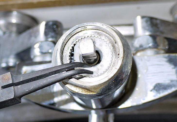 台所の混合栓、TOTO-TKG30URXが水漏れ12.jpg
