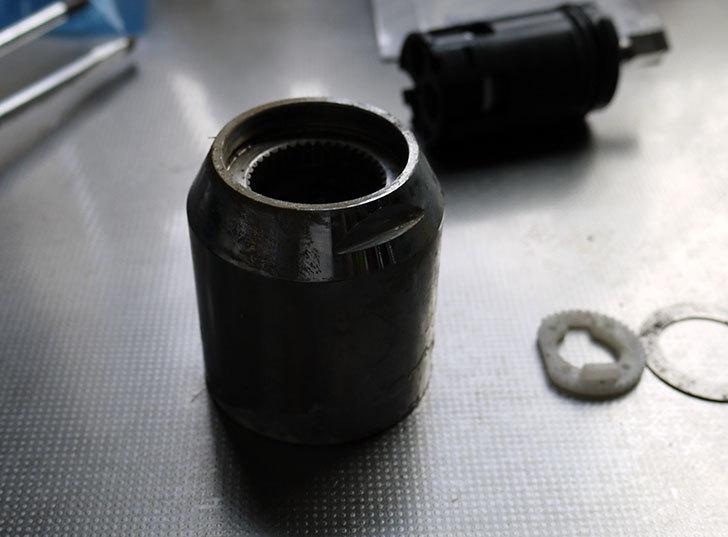 台所の混合栓、TOTO-TKG30URXが水漏れ17.jpg
