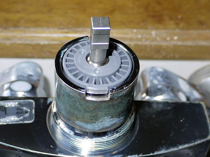 台所の混合栓、TOTO-TKG30URXが水漏れ28.jpg