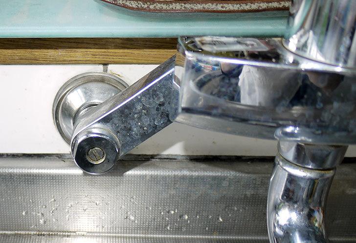 台所の混合栓、TOTO-TKG30URXが水漏れ6.jpg