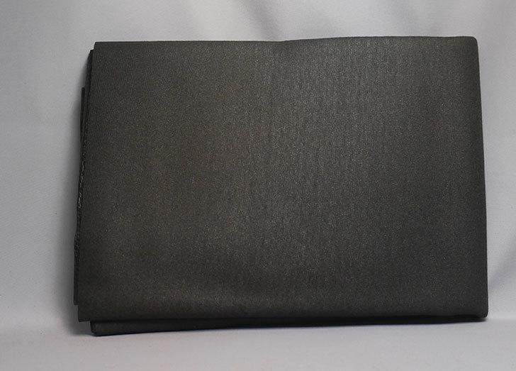 合皮-薄手-フェイクレザー-生地-138×50cm-(ブラック)-9005-1-をバランスチェアの修理用に買った3.jpg
