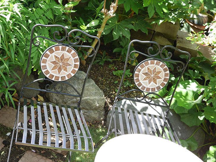 山善 ガーデンマスター モザイクチェア2脚組 HMC-87を買った-004.jpg