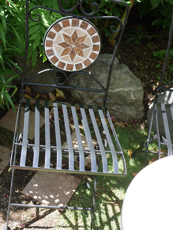 山善 ガーデンマスター モザイクチェア2脚組 HMC-87を買った-006.jpg