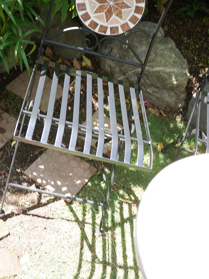 山善 ガーデンマスター モザイクチェア2脚組 HMC-87を買った-007.jpg