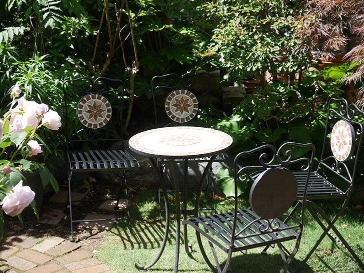 山善 ガーデンマスター モザイクチェア2脚組 HMC-87を買った-013.jpg