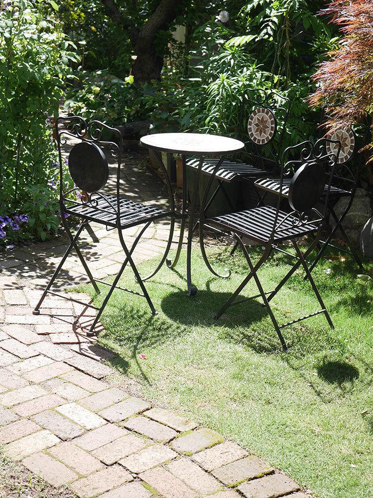 山善 ガーデンマスター モザイクチェア2脚組 HMC-87を買った-019.jpg