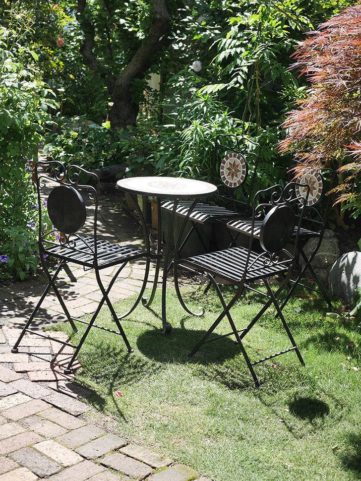 山善 ガーデンマスター モザイクチェア2脚組 HMC-87を買った-020.jpg