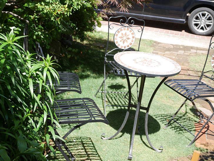 山善 ガーデンマスター モザイクチェア2脚組 HMC-87を買った-022.jpg