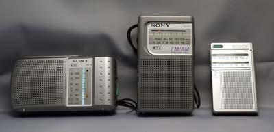 携帯ラジオ 01.jpg