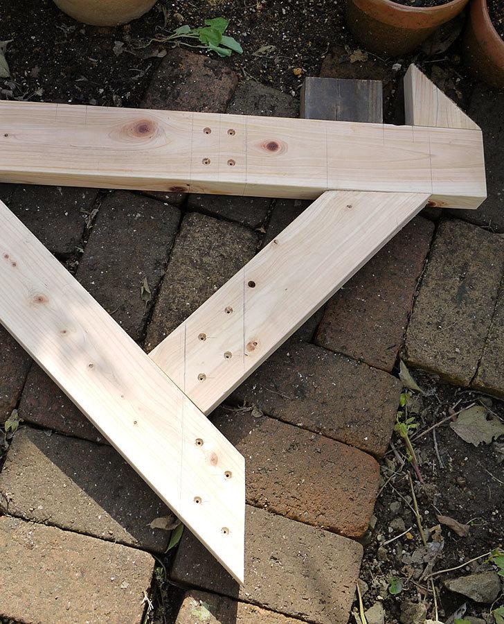 木製の物干し台制作2-13.jpg