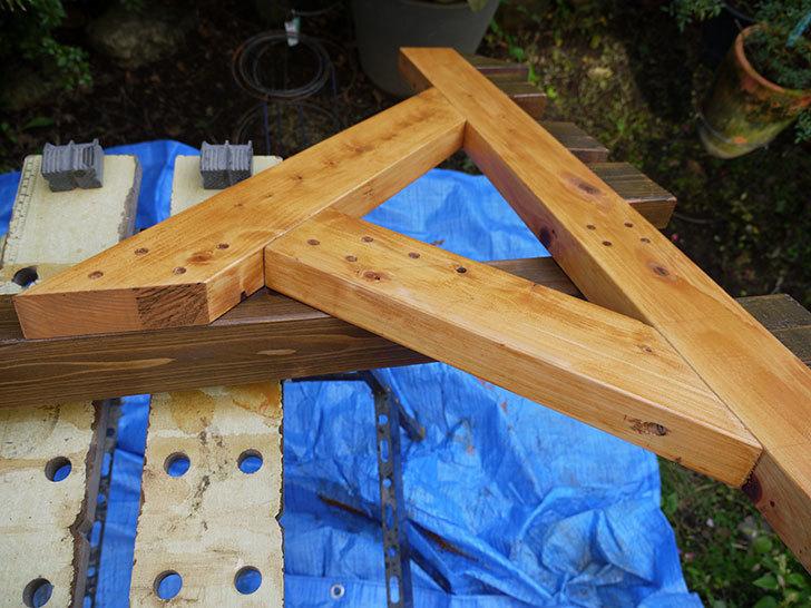 木製の物干し台制作3-2.jpg