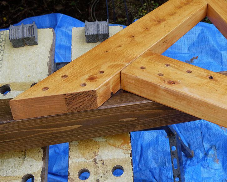 木製の物干し台制作3-4.jpg