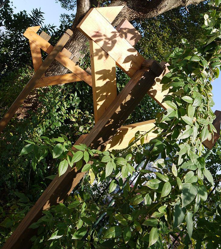 木製の物干し台制作4-10.jpg