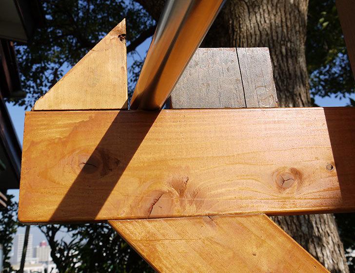 木製の物干し台制作4-17.jpg