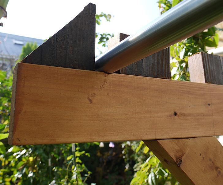 木製の物干し台制作4-19.jpg